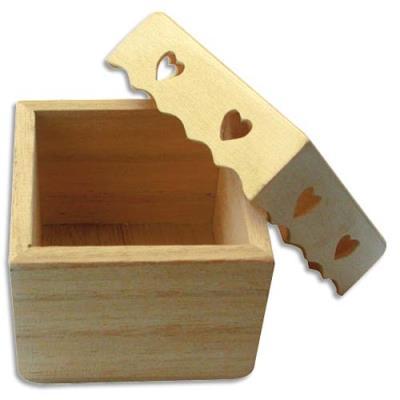 Boîte carrée avec couvercle cœur en bois à peindre ou décorer format 70 x 70 mm (photo)