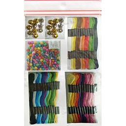 Kit 8 bracelets brésililens : 36 échevettes, 100 perles, 20 grelots, notice (photo)