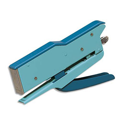 Pince agrafeuse 548 E Zenith - utilise les agrafes 6/4 ou 21/4 - bleue - capacité 15 feuilles