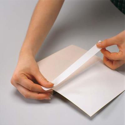 Filmoplast P90 - papier spécial longues fibres - adhésif 1 face - pour réparation et protection de documents (photo)