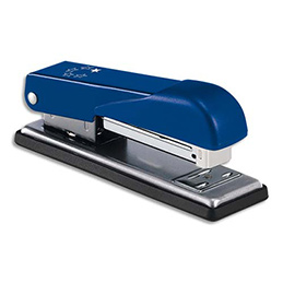 Agrafeuse de bureau en métal 1er prix - utilise les agrafes 24/6 ou 26/6 - 20 feuilles - bleu