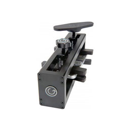 gTool Presse pour châssis iPhone 5, 5S & 6 (photo)